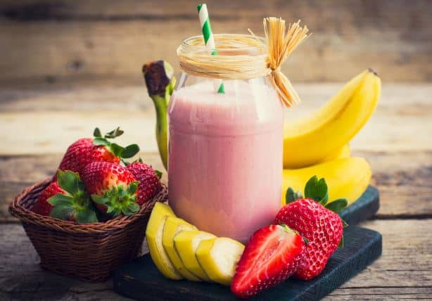 Strawberry Peanut Butter Banana Smoothie is Perfect for Gaining Weight